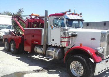 Emergency truck road service-1
