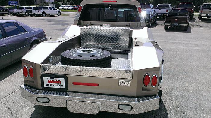 commercial-truck-repair-2-1